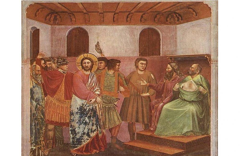 A főpapot úgy ábrázolják, mint aki bánatában megtépdesi ruháját Jézus istenkáromlásának hallatán. Vajon ez egy előre megtervezett lépés volt, hogy elejét vegyék a titkok kitudódásának? Fresco, Giotto di Bondone (1267-1337).Public Domain