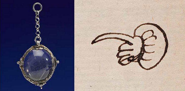 Balra John Dee kristálya. © Science Museum, Wellcome Images; Jobbra: Quintillian Institutionum oratoriarum, 1540, manicule © RCP and Mike Fear