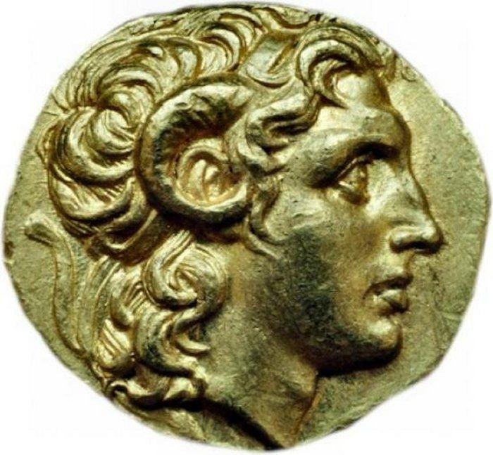 A szarvakkal ábrázolt Nagy Sándor egy négydrahmás érmén Kr.e. 297-281.