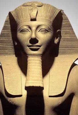 Egyiptom egyik leghatalmasabb fáraója csodálatos dolgokat látott az égbolton…