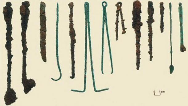 A Colchesteri druida mellett talált sebészeti eszközök. ( Public Domain )