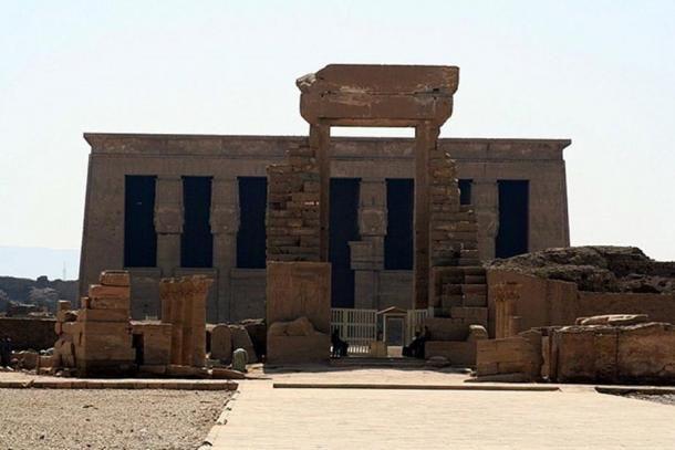 A Denderai Hathor Templom ( CC-BY 2.5 )