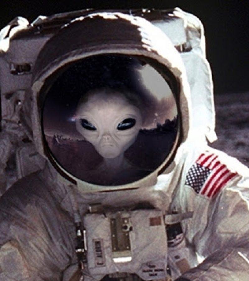 Buzz Aldrin: Minket kiparancsoltak a Holdról!
