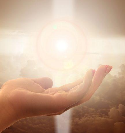 A boldogság a türelem, az alázat és az elfogadás tükrében